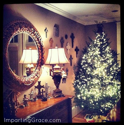 Your Christmas Decorating Matters, Mom! (a great read)