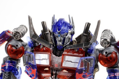Dual Model Kit Optimus Prime