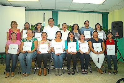La reforma educativa brinda certeza al docente, afirma Víctor Caballero Durán