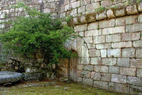 interiores del castillo de Ribadavia