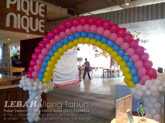 rainbow gate, balon pelangi