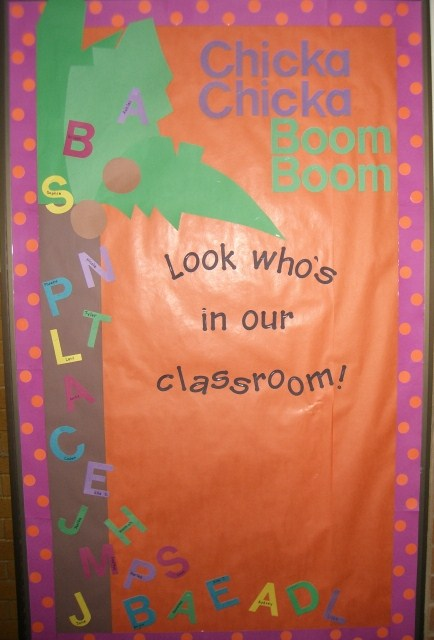 Here are some of my other jungle themed bulletin boards: