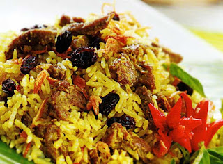 Puasa Yang Standar? Yuk Bikin Resep Nasi Kebuli Yang Laziss