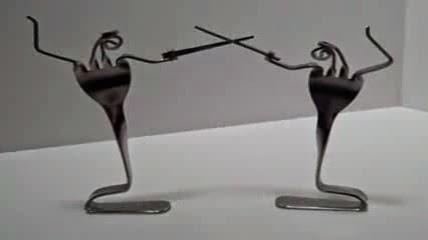 3 kreasi sendok garpu duel pedang