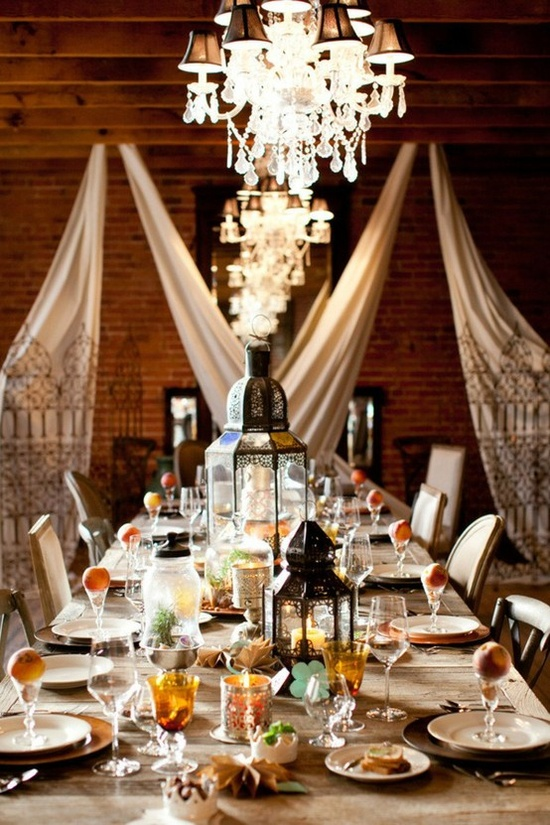 Let\'s celebrate for the people in Egypt! Moroccan table settings ...