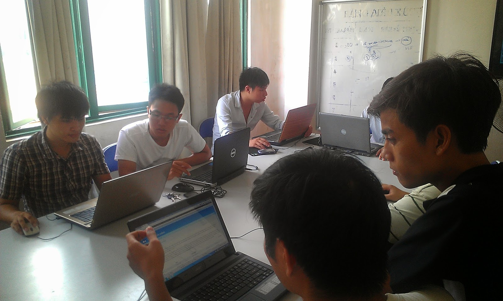 Học tin học văn phòng ở đâu tốt? Nên học tin học văn phòng ở đâu? | tinhoc.viettamduc.com