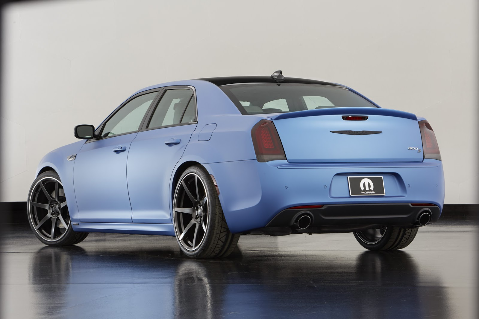 300 Super S Concept Is Chrysler S Way Of Teasing A Mopar