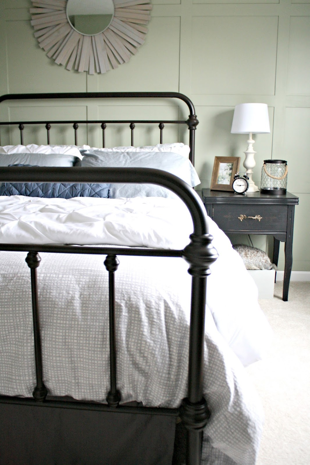 Metal Bed With Footboard And Headboard