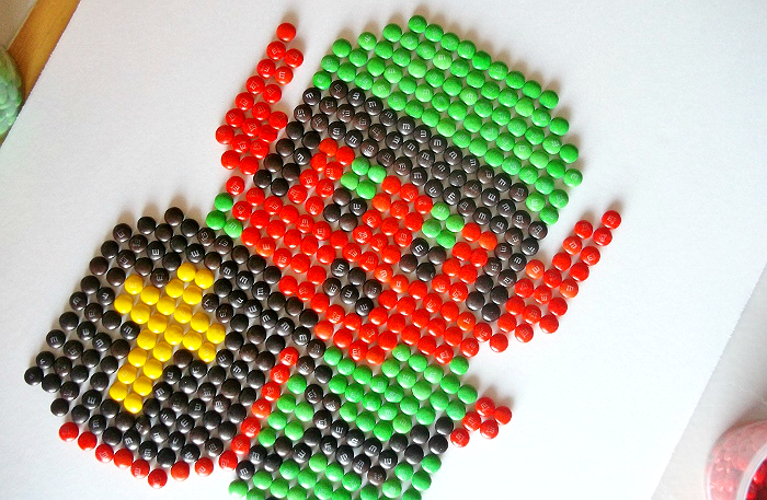 M&M Pixel Art
