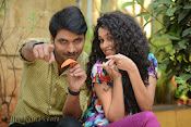 Pora Pove Movie photos Gallery-thumbnail-12