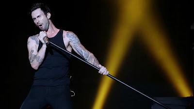 Foto Vokalis Maroon 5 Terbaru