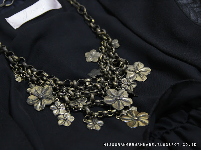 vintage-necklace