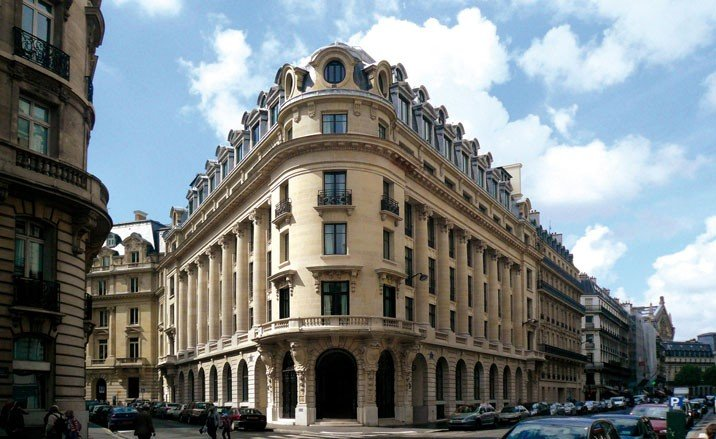 The best hotels in the world hotel banke paris france for Top hotel france