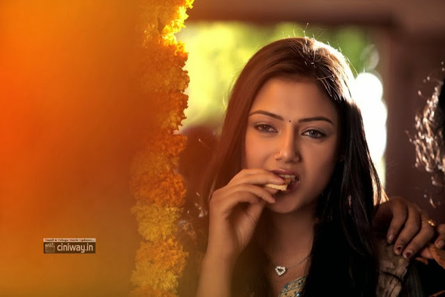 Mudduga Heroine Pallavi Ghosh Stills