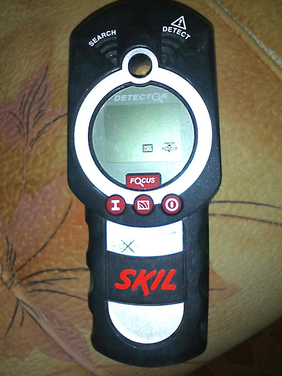 SKIL 0550 AA - удобный детектор скрытой проводки