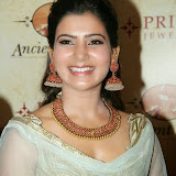 94666-samantha-at-prince-jewellery-exhibition-07