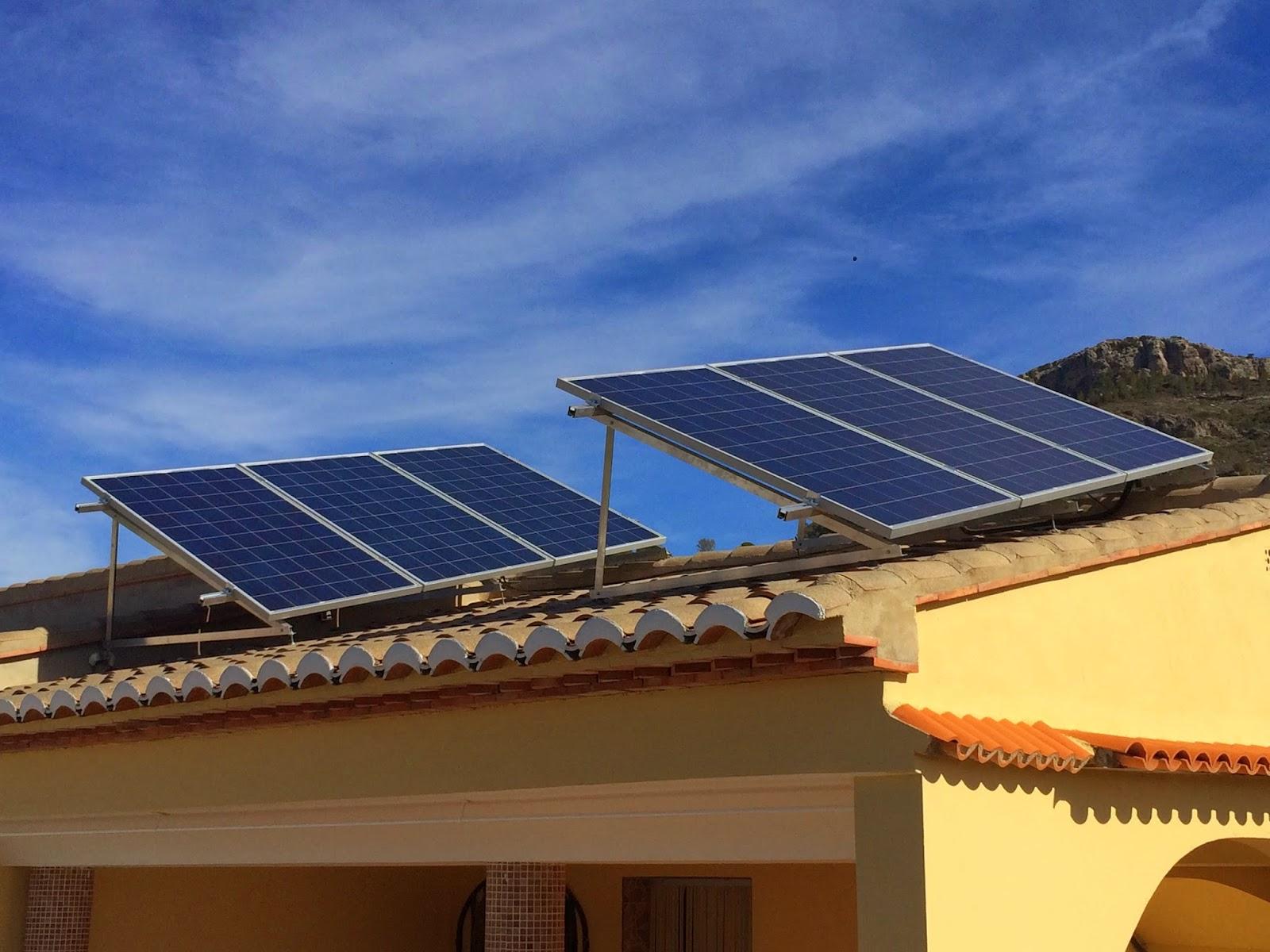Baterias industriales gandia s l instalacion de energia for Baterias placas solares