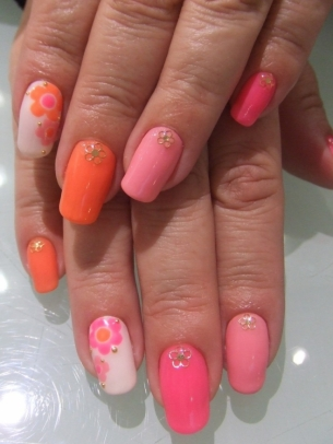 Sizzling-Nail-Art-Ideas-for-Summer