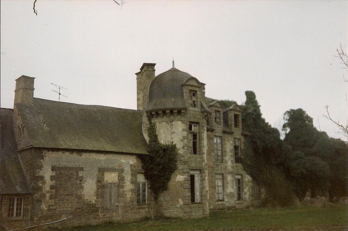 Société d'Histoire et d'Archéologie du Pays de Foug u00e8res LE CHATEAU DU BOIS GUY une seconde  # Chateau Du Bois Guy