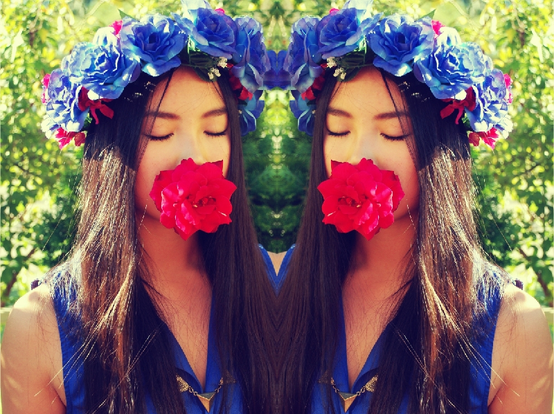 floral crown, lana del rey, DIY floral crown, floral garland, rose crown, fashion, personal style, street style, Etsy, handmade, lookbook, outfit post