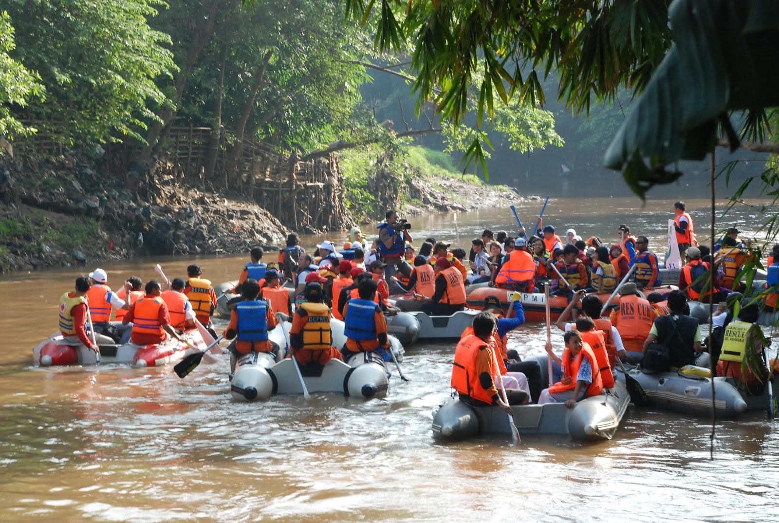 Debet Air Sungai di Jakarta Aman