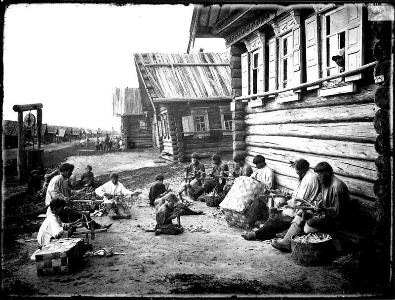 the challenging life in the 1900s Population trends that had started in big era seven continued after 1900   explain why global death rates fell and life expectancies rose from 31 to 49 years   in russia the creation of the world's first communist state posed a challenge to .
