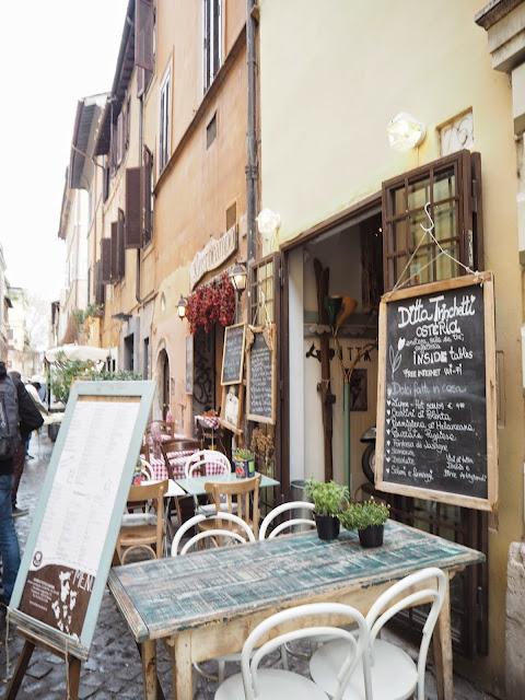 pizza, pasta, italia, italy, rooma, roma, rome, trastevere, ristorante, travel, matkat, ideas, tips, ideat, vinkit, kokemukset, matka vinkit, matka ideat, travel ideas, travel tips, travels, matkustaa, ravintola, kuja, tunnelmallinen, aito, italia, kaunis,