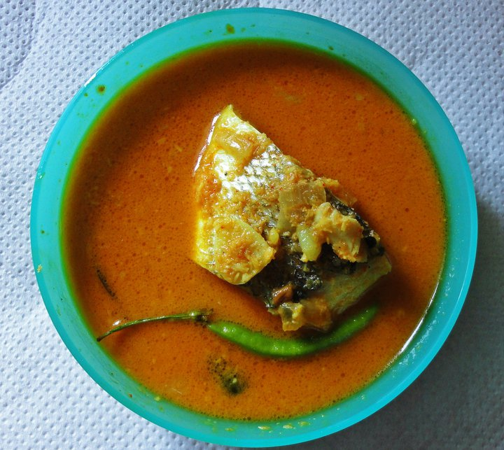 Ramyas Recipe Fish in Coconut Gravy : 2542901806112153258331801214720414743934517727637n from ramyasrecipe.blogspot.in size 720 x 643 jpeg 107kB