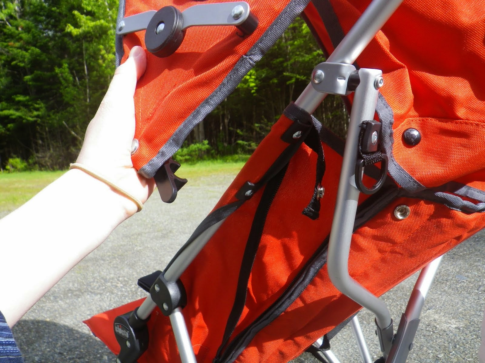 The canopy can be removed or placed higher or lower on the stroller frame & Naturally Inquisitive Mother: Our Umbrella Stroller: Review of the ...