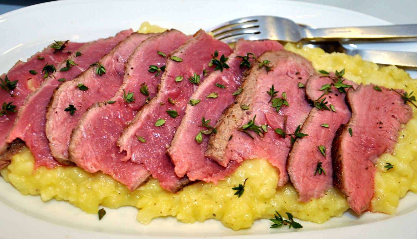 Kartoffelmos med brunet smør og parmesan=