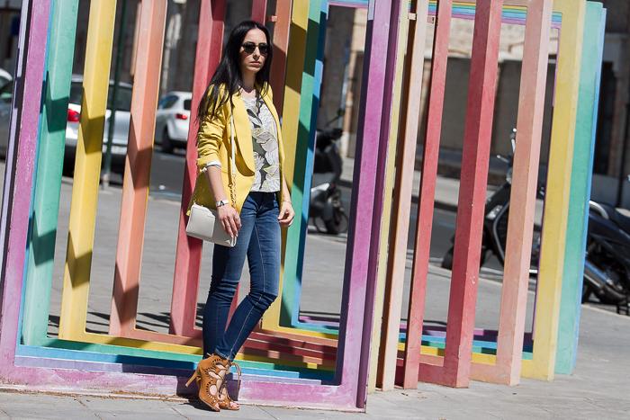 Blogger de moda y belleza valenciana estilismo para ir a la oficina