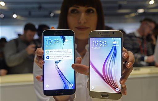 """سامسونغ كاستعداد لعام 2016 قامت شركة سامسونغ قبل لحظات بالإعلان عن ثلاث هواتف محسنة لفئة Galaxy A و كان اسم السلسلة المحسنة الجديدة Galaxy A 2016 , حيث أنه قد تم الإعلان عن النسخ المحسنة للاجهزة الثلاث و الاجهزة الجديدة هي : Galaxy A3 2016 : يأتي بسماكة 7.3 ميلي متر و وزن 132 غرام , إضافةً إلى شاشة بحجم 4.7 إنش Super Amoled بدقة HD 1280*720 و معالج رباعي النواة يعمل بتردد 1.6 غيغا هرتز كما يحمل ذاكرة عشوائية """"رام"""" بحجم 1.5 غيغا بايت و ذاكرة تخزين داخلية بسعة تخزين 16 غيغا بايت , بينما ياتي الجهاز بكاميرا خلفية بدقة 13 ميغا بكسل و كاميرا امامية بدقة 5 ميغا بكسل , أمّا بالنِسبة لباقي المواصفات فإن الجهاز يأتي ببطارية بسعة 2,300 ميلي أمبير و نظام تشغيل أندرويد 5.1 . Galaxy A5 2016 : يأتي بسماكة 7.3 ميلي متر و وزن 155 غرام , إضافةً إلى شاشة بحجم 5.2 إنش بدقة FHD 1920*1080 و معالج ثماني النواة بتردد 1.6 غيغا هرتز و ذاكرة عشوائية """"رام"""" بحجم 2 غيغا بايت و سعة تخزين داخلية بحجم 16 غيغا بايت , بالنسبة للكاميرا فإن الجهاز ياتي بكاميرا خلفية بدقة 13 ميغا بكسل و كاميرا امامية بدقة 5 ميغا بكسل بينما يحمل بطارية بسعة 2,900 ميلي أمبير و نظام تشغيل أندرويد 5.1 . Galaxy A7 2016 : يأتي بسماكة 7.33 ميلي متر و وزن 172 غرام , شاشة بحجم 5.5 إنش بدقة FHD 1920*1080 و معالج ثماني النواة بتردد 1.6 غيغا هرتز و اكرة تخزين عشوائية """"رام"""" بسعة تخزين 3 غيغا بايت و ذاكرة تخزين داخلية بسعة 16 غيغا بايت , أما فالكاميرا فقد اتت مثل سابقيه بكاميرا خلفية بدقة 13 ميغا بكسل و كاميرا امامية بدقة 5 ميغا بكسل بينما جائت البطارية بسعة 3,300 ميلي أمبير و نظام التشغيل الخاص بالجهاز هو نظام أندرويد 5.1 ."""