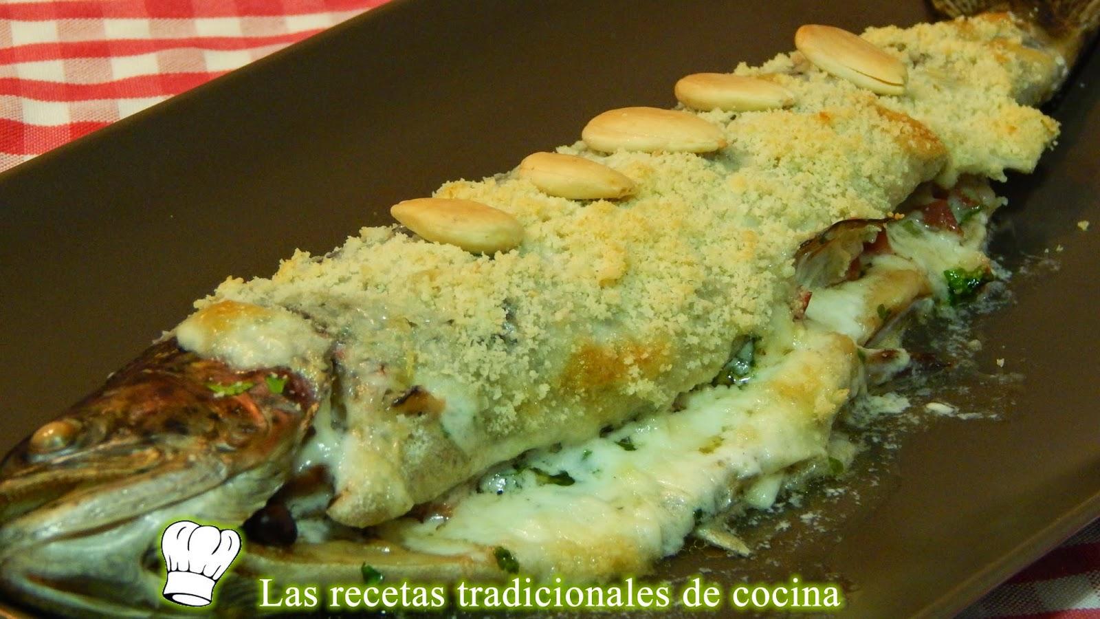 Trucha al horno con salsa de almendras