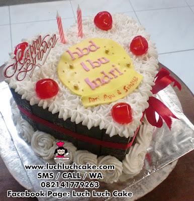 Kue Tart Love Blackforest Daerah Surabaya - Sidoarjo