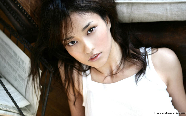 http://2.bp.blogspot.com/-XulU8sOHMGs/TzbtCPtID5I/AAAAAAAAES4/l-TkNvCISwA/s1600/%5Bwallcoo_com%5D_Meisa_Kuroki_wallpaper_2108604_1170721951.jpg