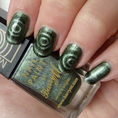 Barry M Magnetic Green Sparkle Nail Polish Swatch