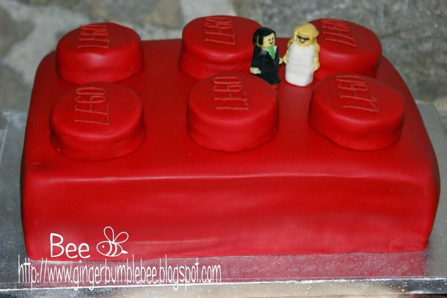 Beehive bits and pieces: Lego Brick Wedding Cake
