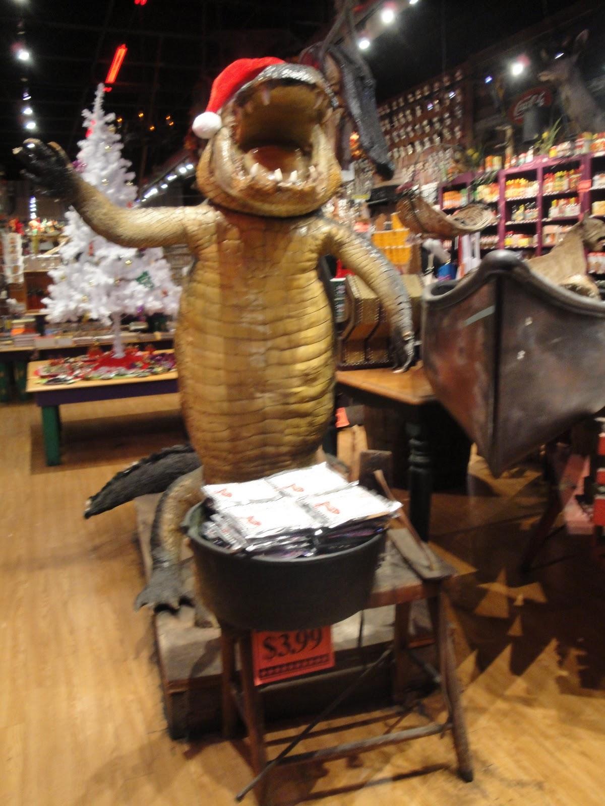 Statue of a Cajun 'gator.