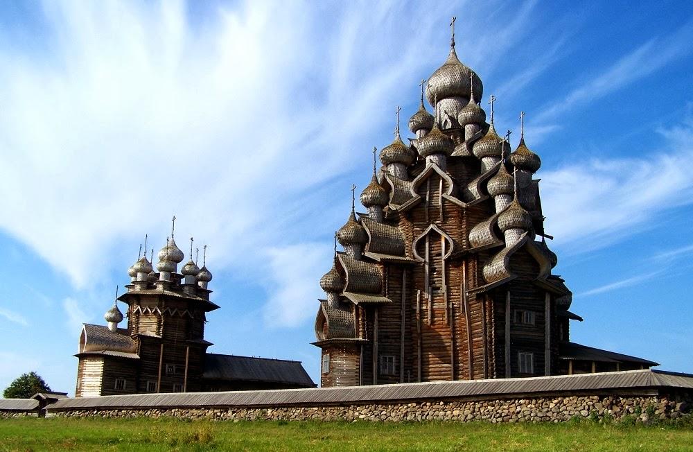 キジ島の顕栄聖堂(プレオブラジェンスカヤ教会)