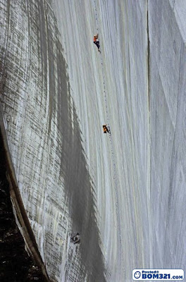 Panjat Tebing Tinggi