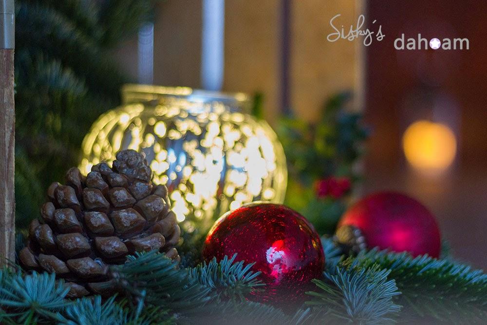 Pinienzapfen Weihnachtsdekoration