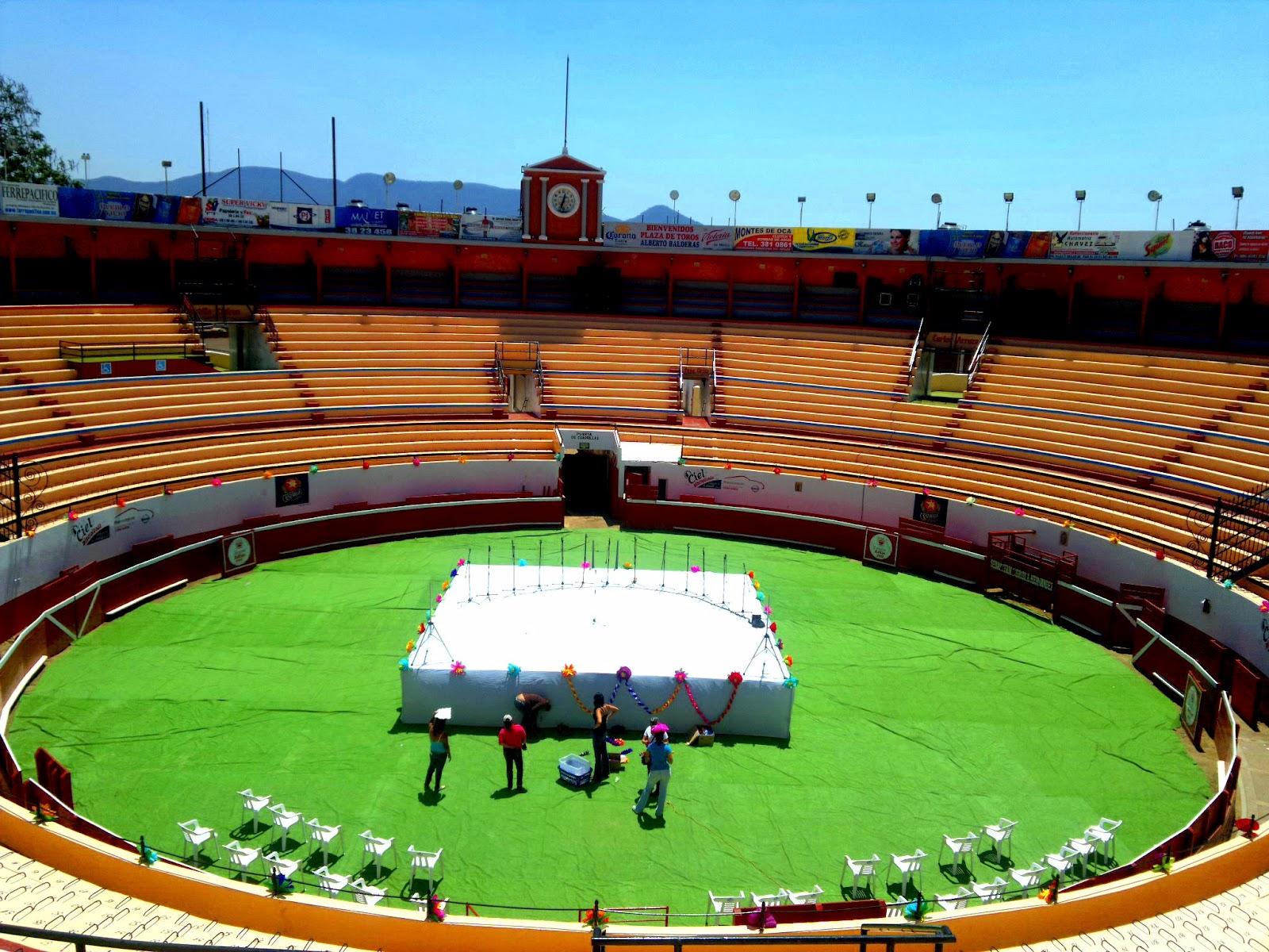 La monumental Plaza de Toros Alberto Balderas | Uta! vale quien dijo?