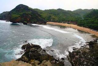 pantai siung,pantai yogyakarta