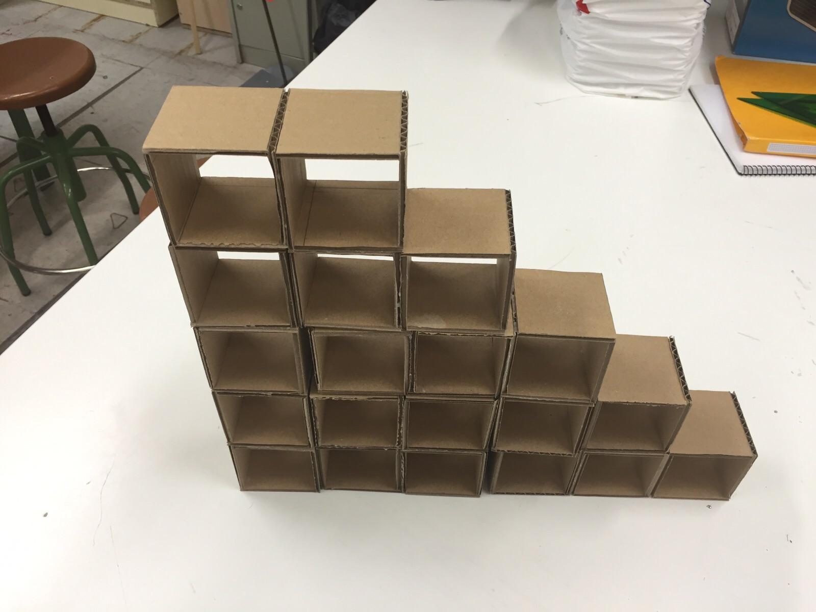 Ale Tecno : Proyecto estantería de cartón.
