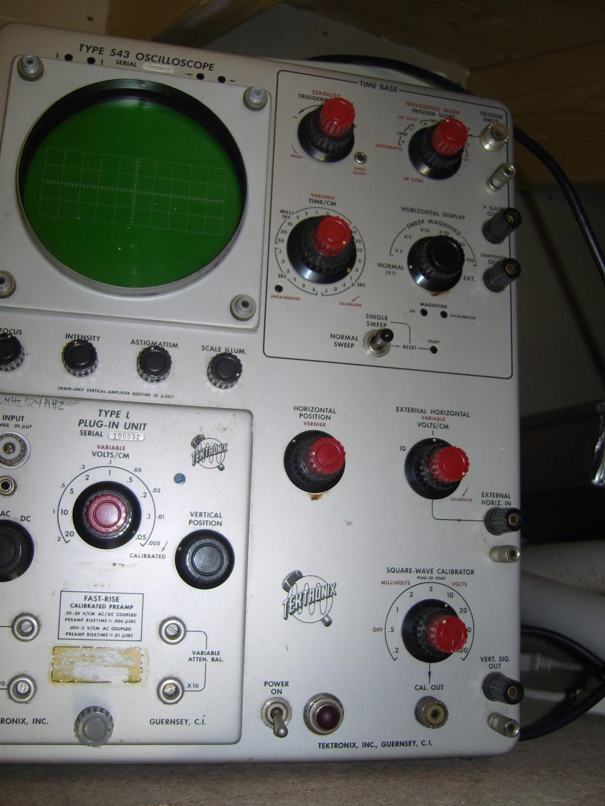 Vintage Tektronix Oscilloscopes : La za radio electronics vintage tektronix oscilloscopes