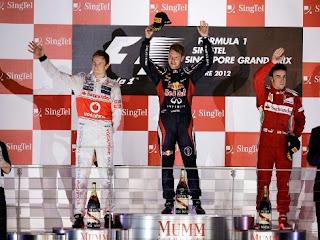 FÓRMULA 1-Hamilton no acaba y Alonso es más líder