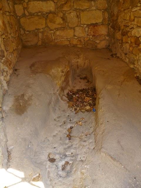 Sepulcro medieval. Pals