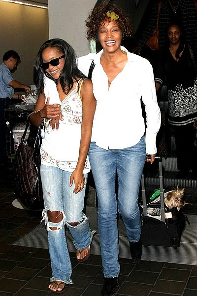 BOBBI KRISTINA BROWN IS DEAD, GONE TO BE WITH MOM?