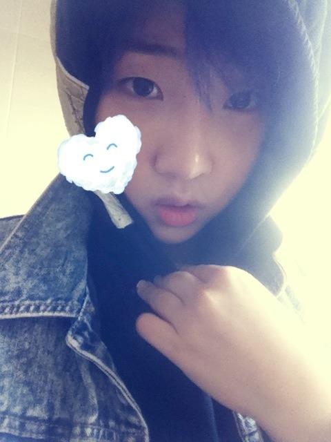 Minzy 2NE1 Sapa YG Fans