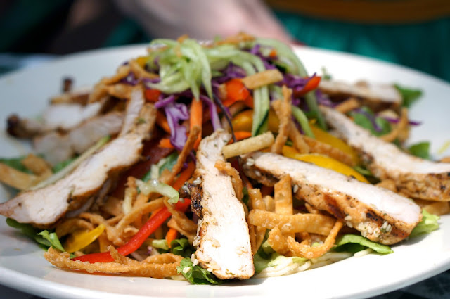 SHADY GROVE, AUSTIN TEXAS, THAI GRILLED CHICKEN SALAD